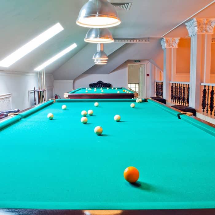 Бильярд в загородном отеле ГРУМАНТ Resort & SPA, недалеко от Москвы, Тульская область